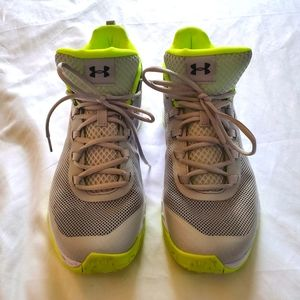 Under Armour Jet Mid Basketball Sneakers Neon 10